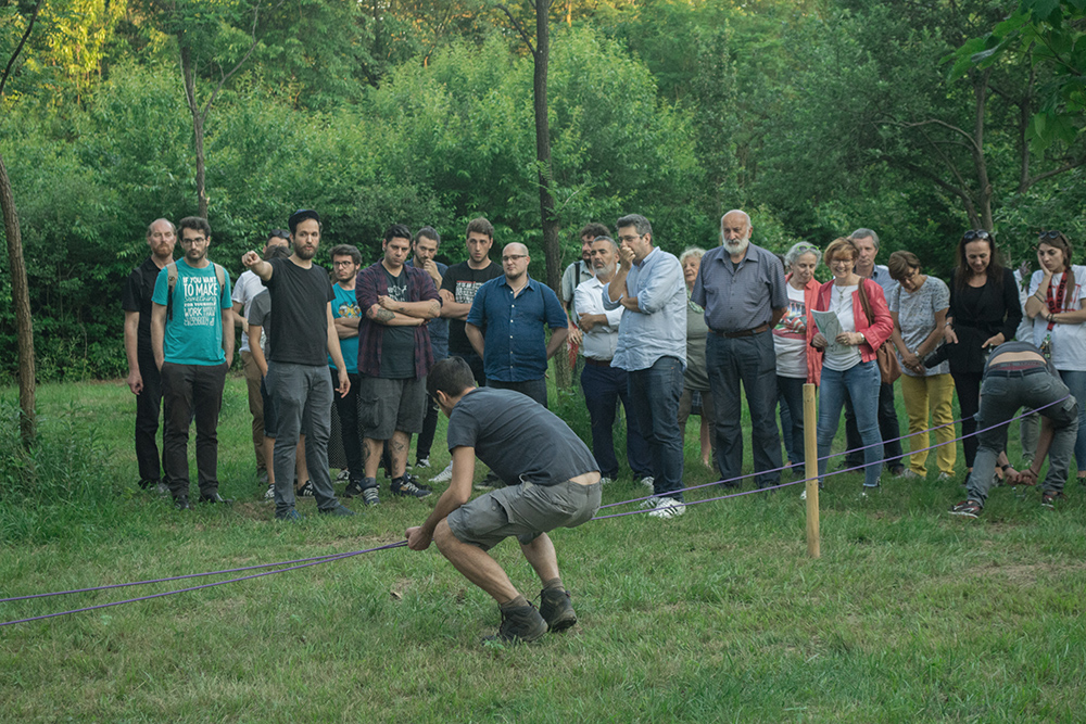 Francesco Fossati and Azienda Agricola CDM, Canapaio Ellittico, 2018, action at Groane Park, Solaro, Milan, photo Nicholas Cazzaniga